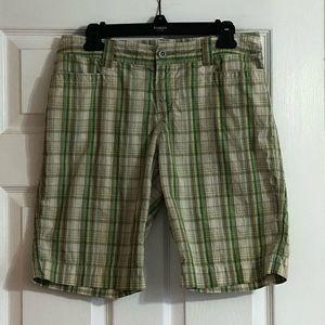 Apt. 9 green plaid Bermuda shorts